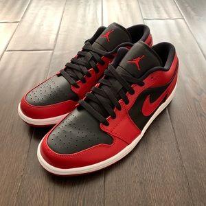 Nike Air Jordan 1 Low Reverse BRED Banned 10.5